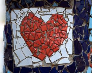 broken20heart20mosaic